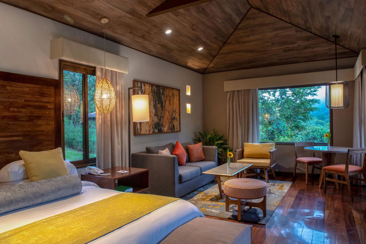 El Silencio Lodge Wohnbereich. Luxusreisen