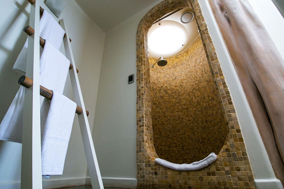 Hanga Roa: entspannende Dusche nach einem abenteuerlichen Ausflug