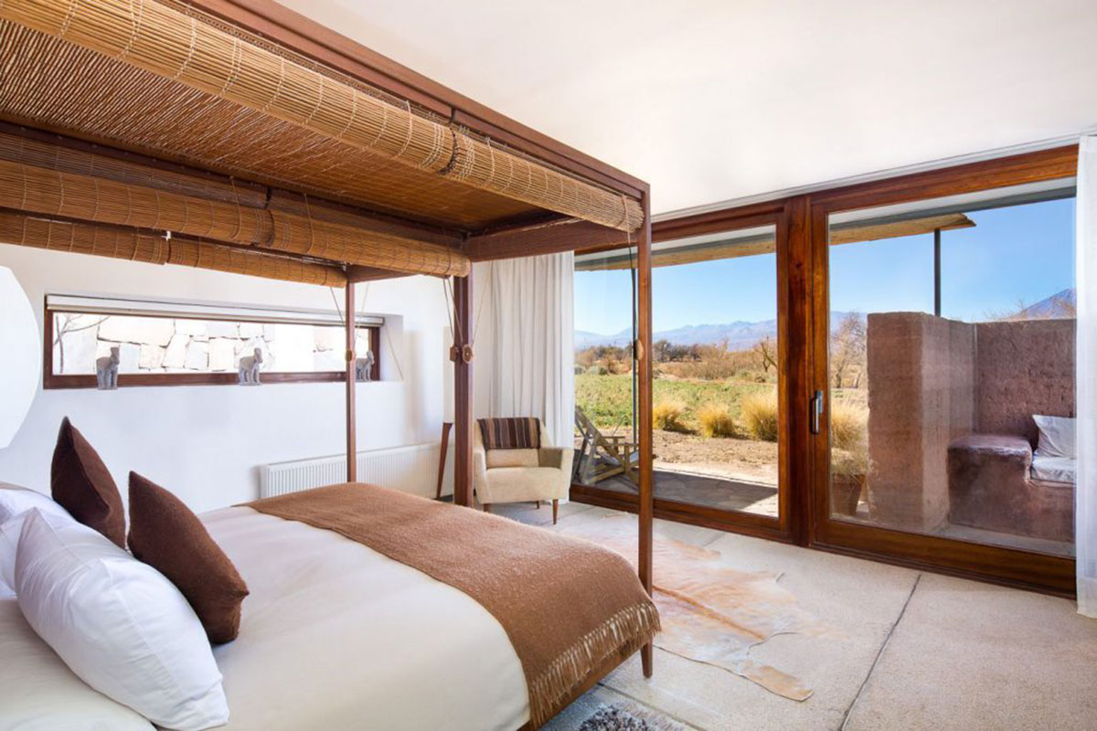 Tierra Atacama: Suite mit Panoramafenster. Luxusreisen