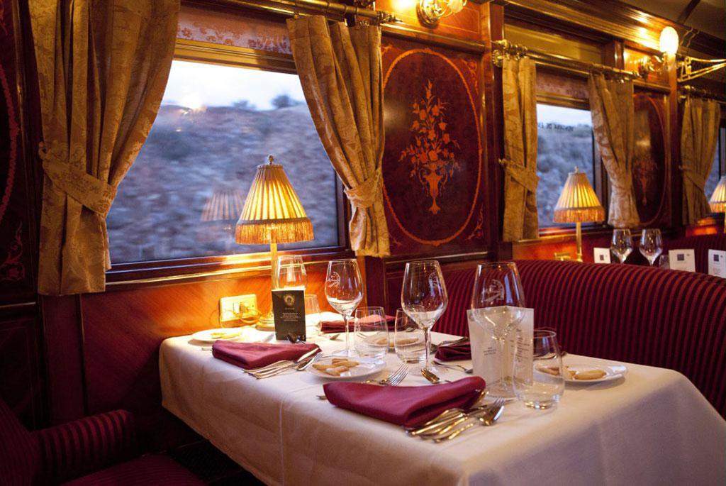 Tren Al Andalus: Restaurant. Luxusreisen
