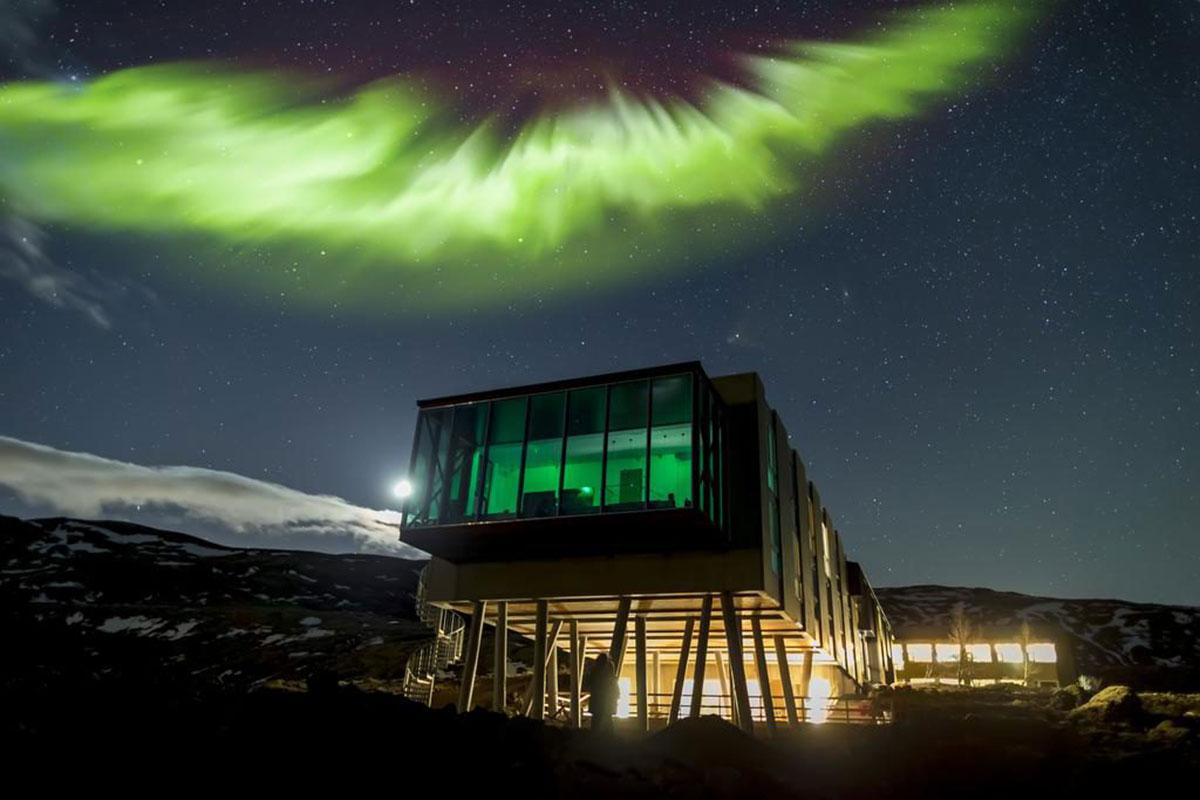 Mit ein wenig Glück können Sie Polarlichter sehen im ION Adventure Hotel. Luxusreisen