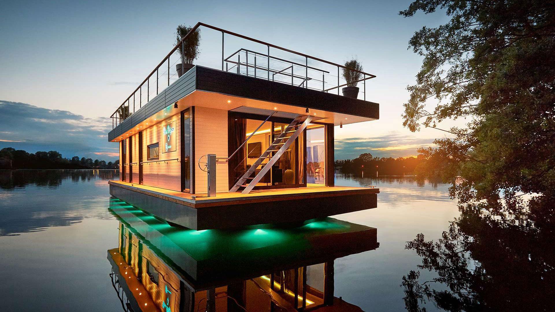 Rev House: schwimmender Luxus. Luxusreisen