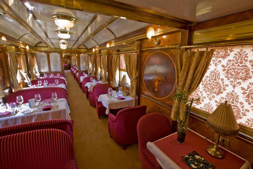 Tren Al Andalus: Dinner im Salonwagen. Luxusreisen