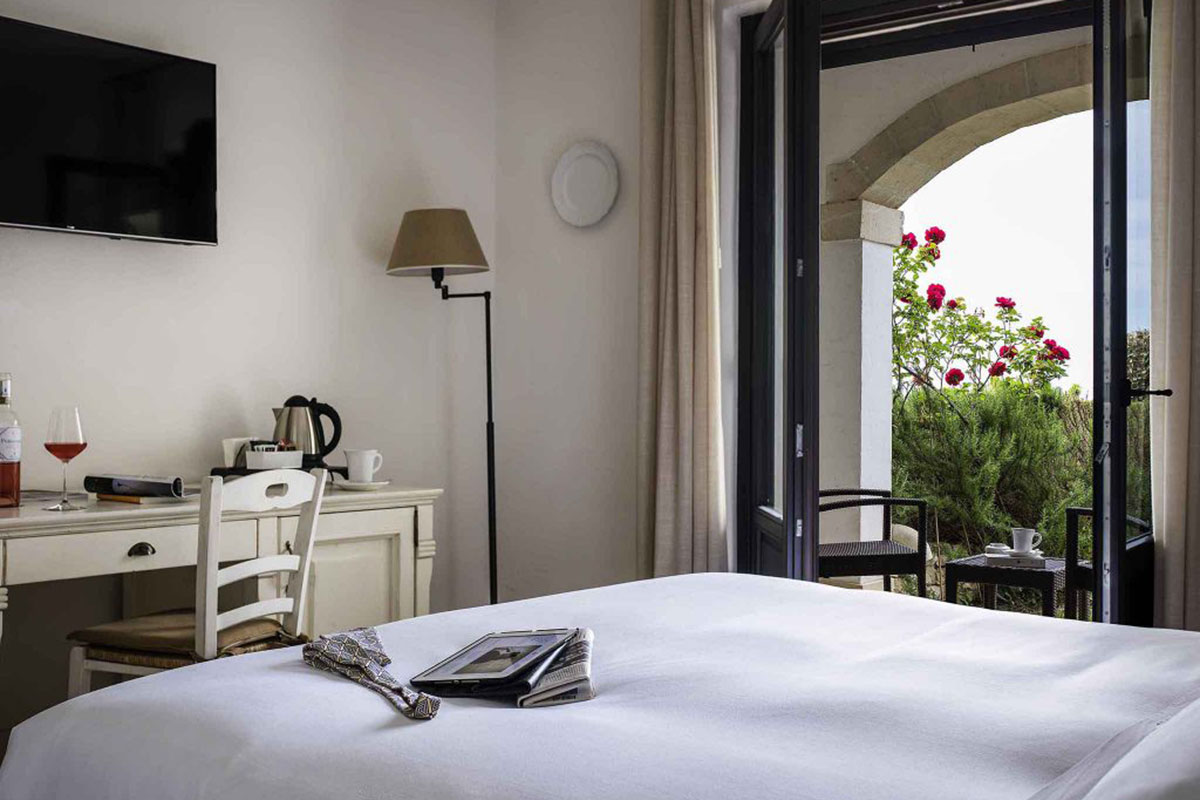 Borgobianco Resort & Spa: Gemütliches, edles Zimmer. Luxusreisen