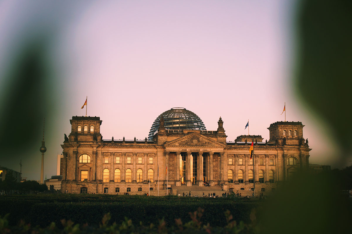 Das Reichstagsgebäude in Berlin. Luxusreisen