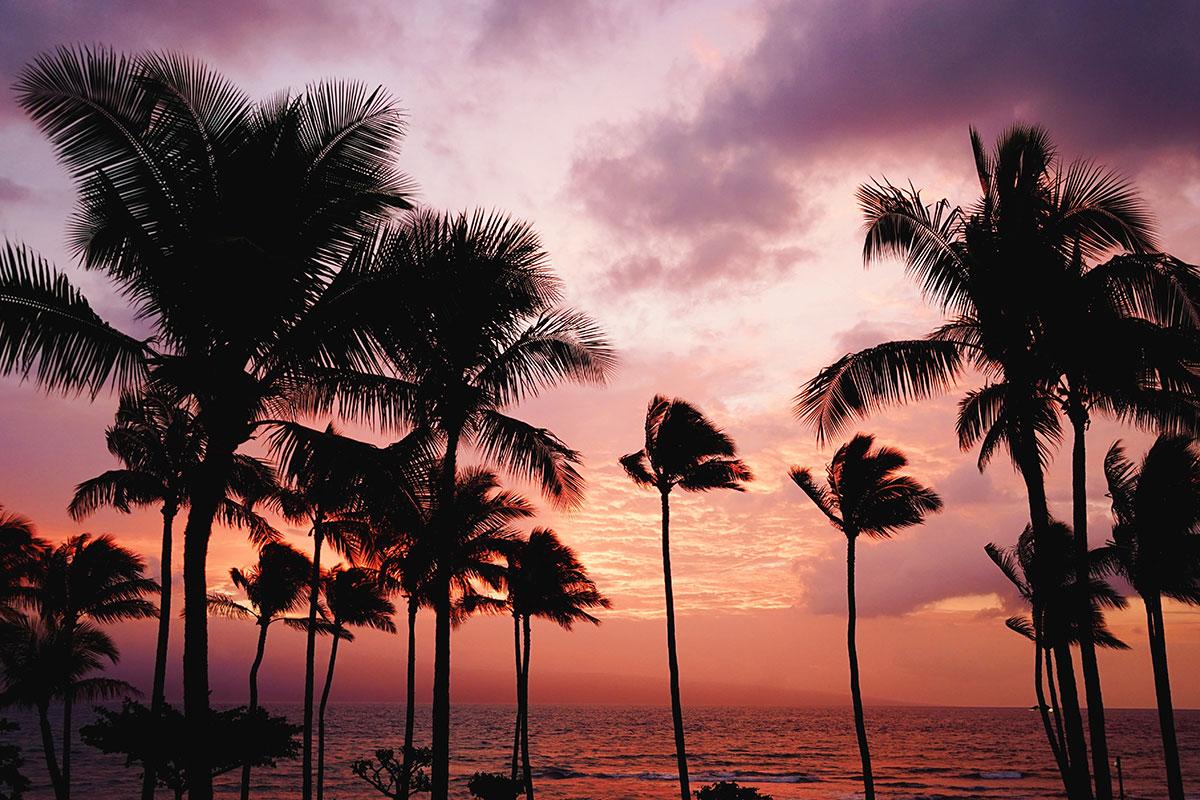 Sonnenuntergang auf Hawaii. Luxusreisen