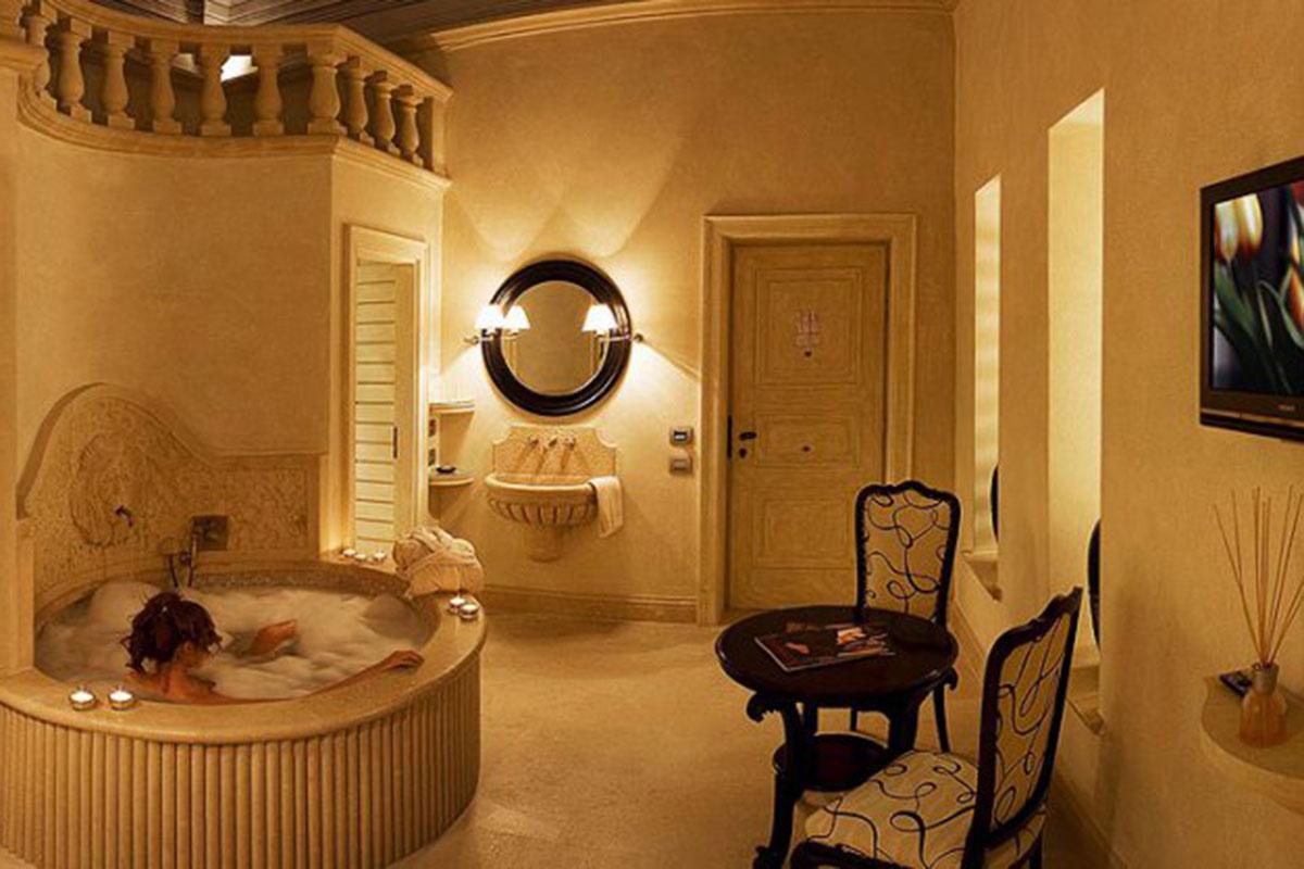 Hotel Palazzo Gattini: Fünf-Sterne-Hotel mit Historie. Luxusreisen