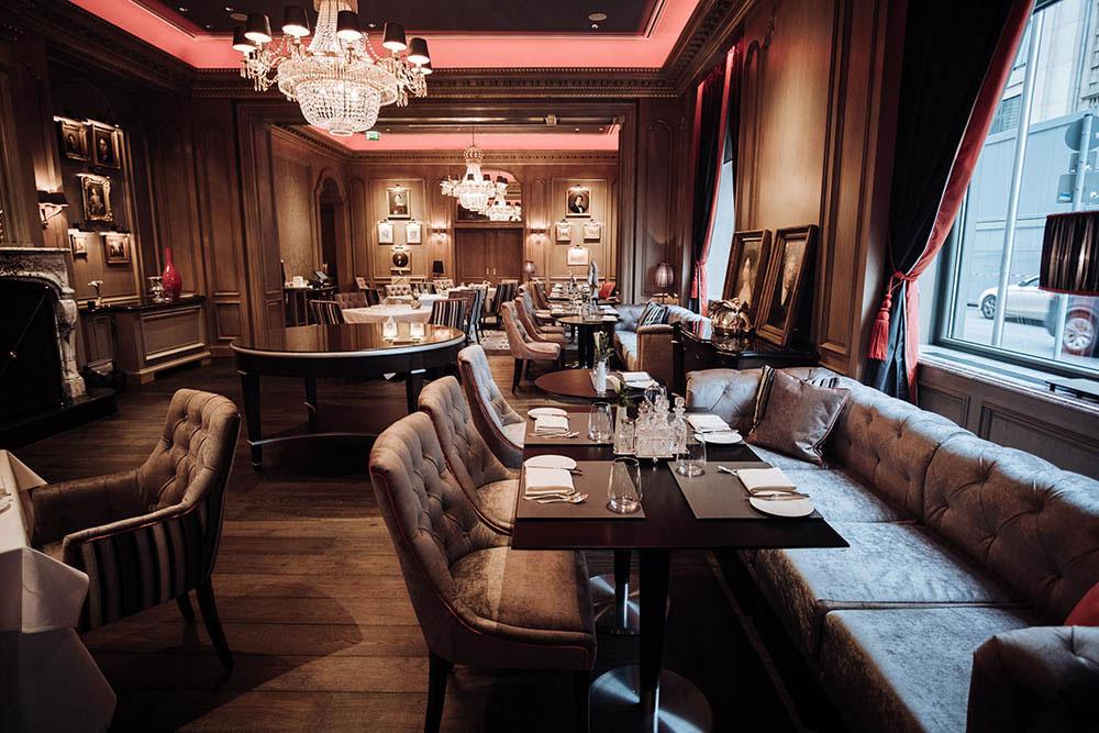 Restaurant im Hotel Regent Berlin. Luxusreisen
