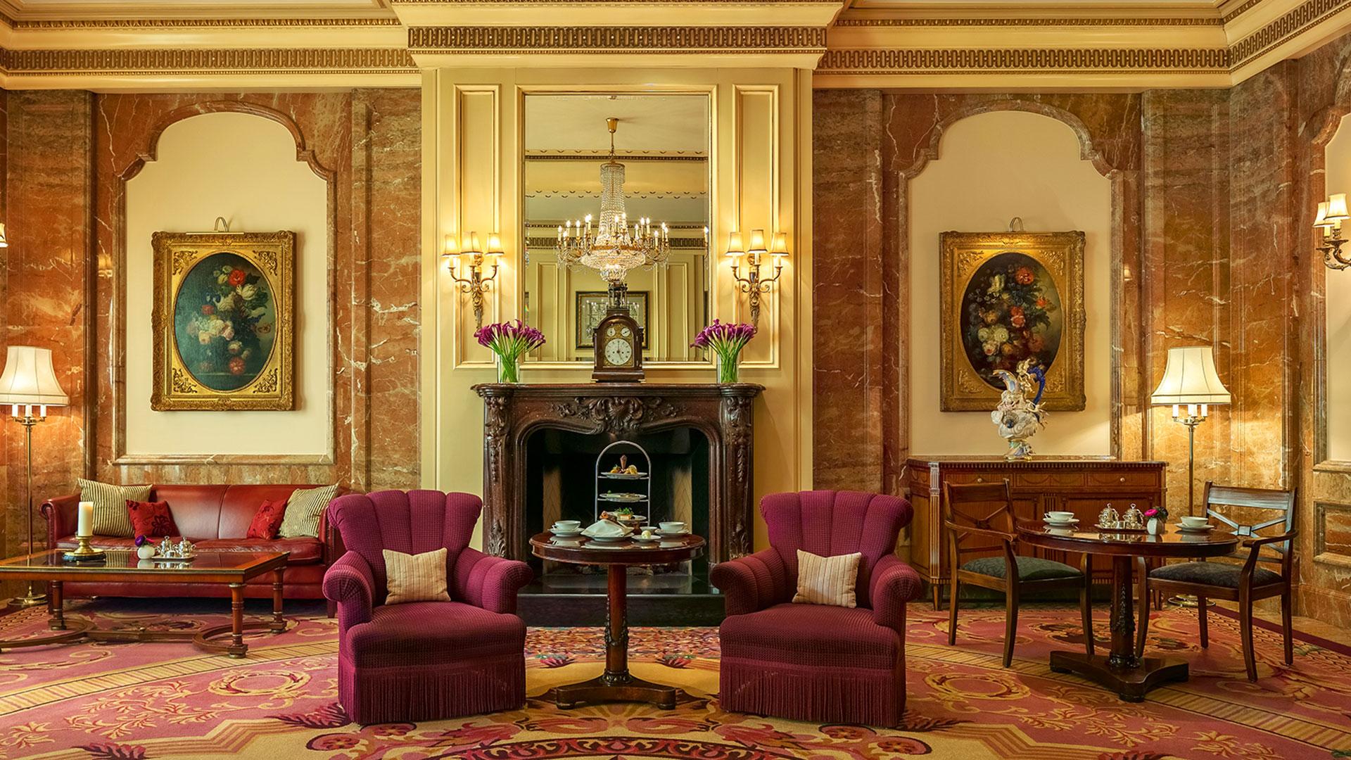 Tea Lounge im Regent. Luxusreisen