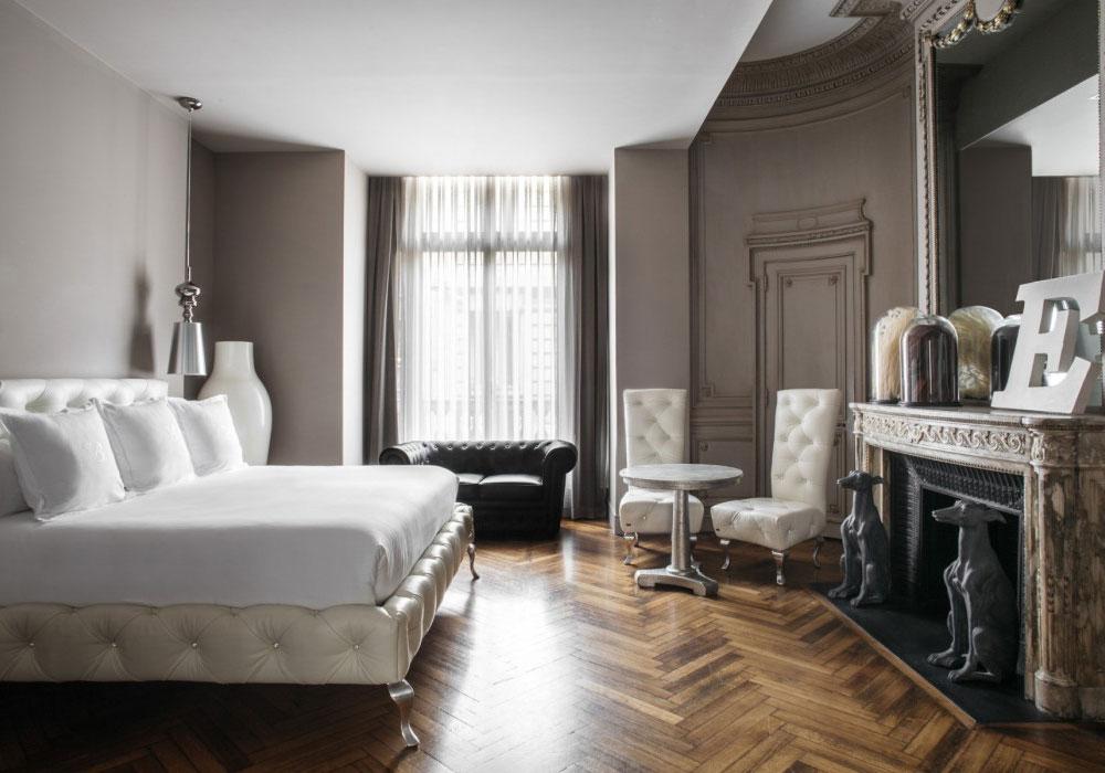Edle Möbel in den Zimmern des Hotel Banke in Paris. Luxusreisen