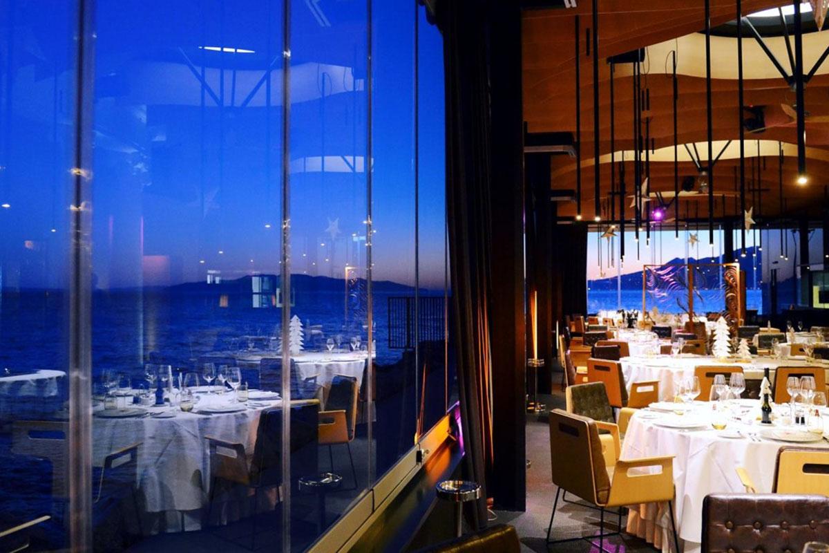Hotel Bevanda: Restaurant mit herrlichem Ausblick. Luxusreisen