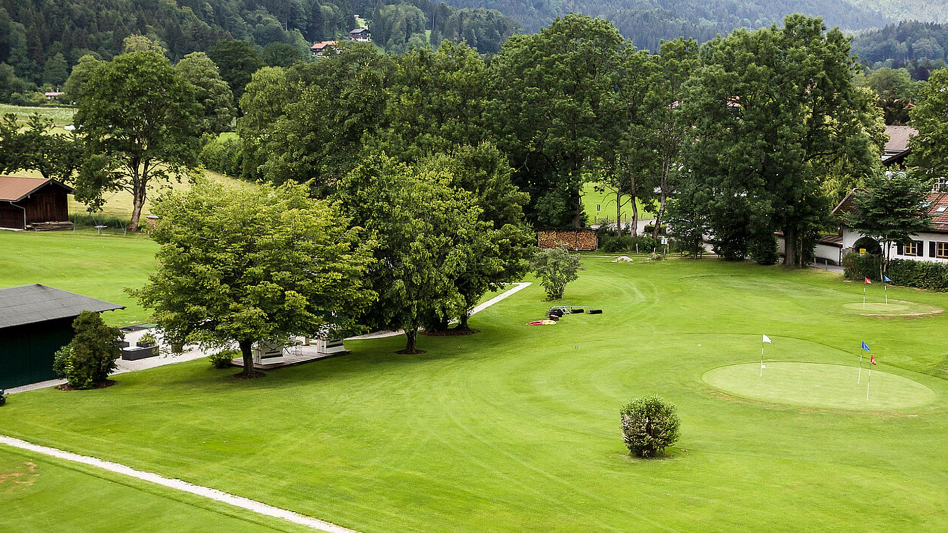 Golfen auf dem nahegelegenen Tegernseer Golf Club, Bad Wiessee. Luxusreisen