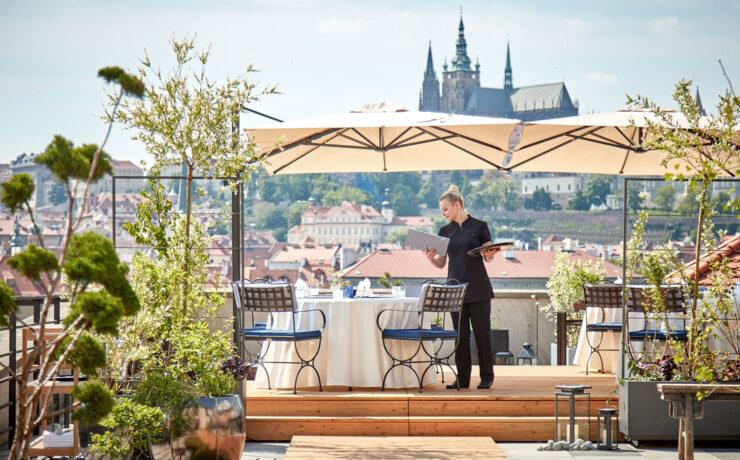 Four Seasons Hotel Prague. Luxusreisen