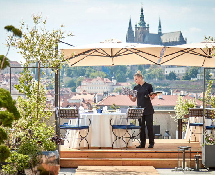 Four Seasons Hotel Prague. Luxusreisen
