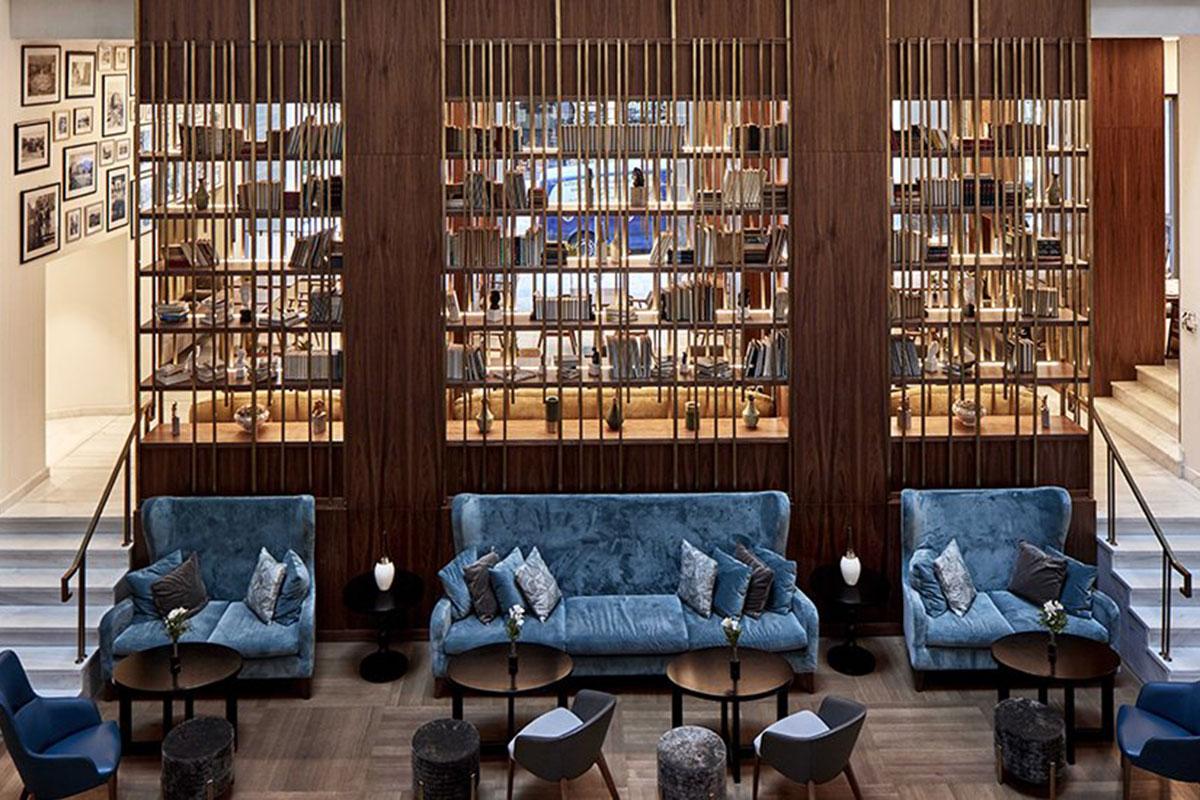 Die Lobby des Hotel Electra Metropolis. Luxusreisen