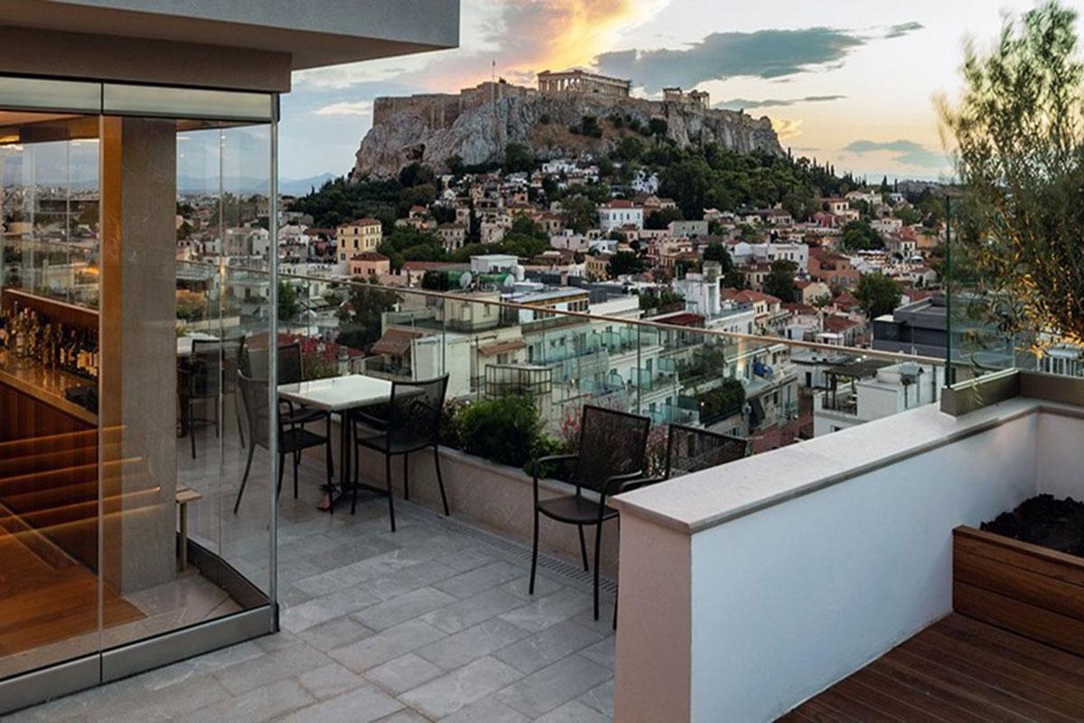 Atemberaubende Aussicht auf die Akropolis. Luxusreisen