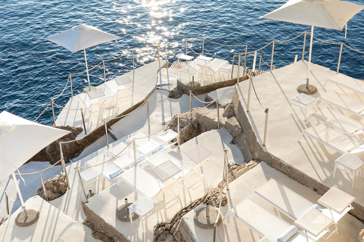 Hotel Villa Dubrovnik: Terrasse am Wasser. Luxusreisen