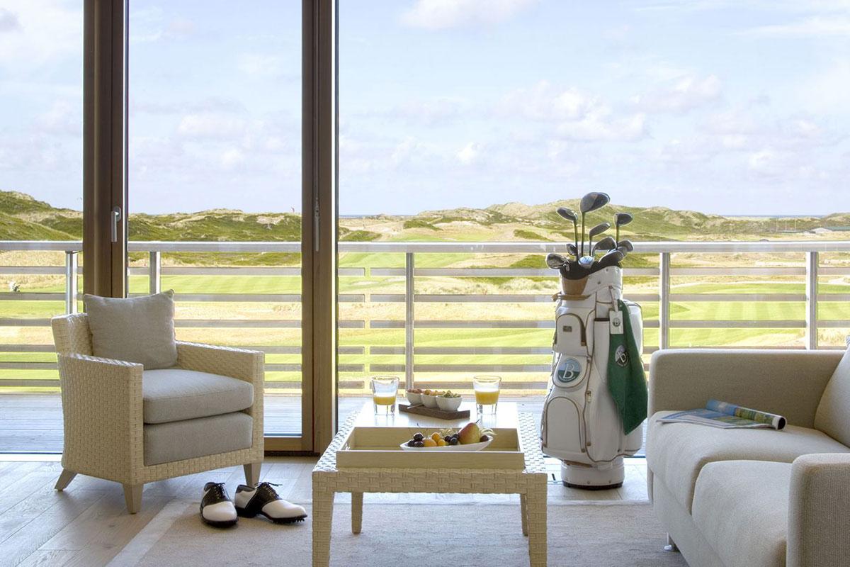 Zimmer mit Blick auf den Golfplatz